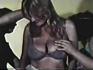 Vintage slip sites Vinles 3some site seer