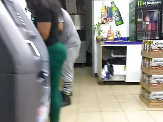 Adult outtakes - Ratchet ass in green pants outtake