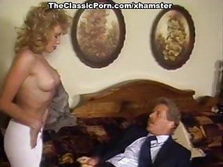 Busen extra busty belle - Barbii, tracey adams, busty belle in vintage fuck video