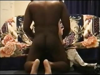 Moreno baccarin nude Esposa joven con moreno y marido filmando