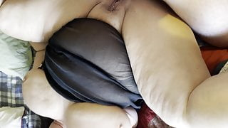 BBW gets a good fucking with her legs in the air