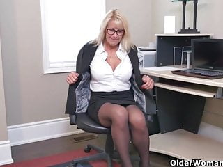 Mature office secretary Sultry milfs bianca and penny masturbate at the office