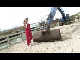 Cyndy showers porn queen Busty porn queen carol goldnerova