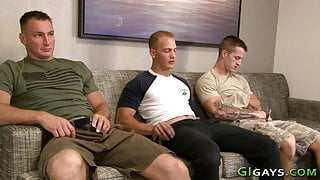 Soldier gets dick jizzed by gay GIs