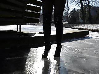 Nude women walking high heels - Julie skyhigh walking on ice, high heels boots leather skirt