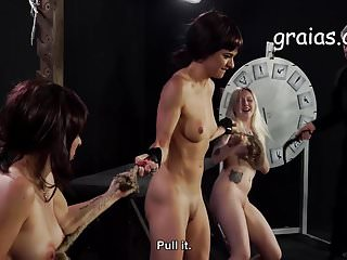 Giantess mature - Giantess fight two girls