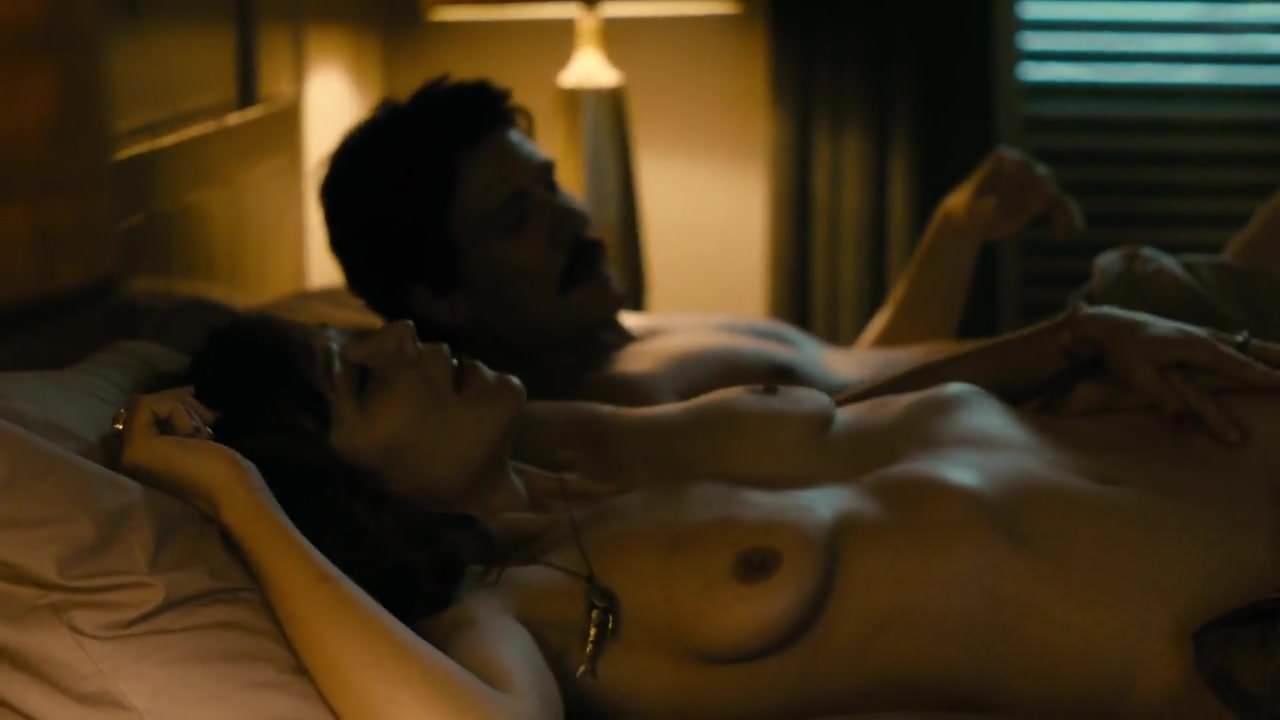 Maggie Gyllenhaal Masturbating