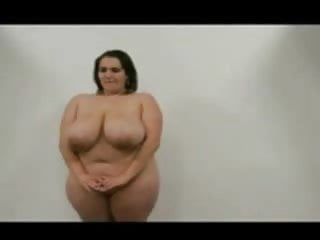 Nude fitness posers - Chubby poser