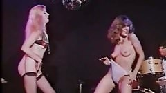 2 sexy glamourgirls vintage striptease in a night club