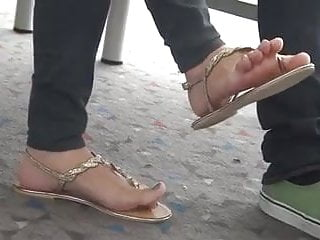Candid japanese pantyhose pictures - Candid japanese feet in thong sandals