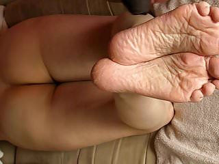 Therapy for fetish Sperm therapy for lyns dry feet part 3.