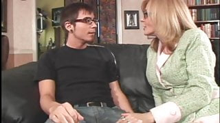 Intellectual milf get younger cock