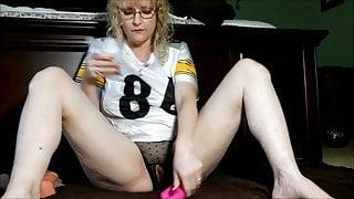 Mature Housewife Masturbating Orgasm part 2