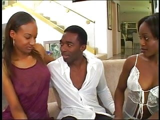 Girls ready to fuck for free - Two amazing black girls ready to fuck