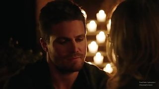 18+ Hot Arrow 3x20 Oliver and Felicity Sex scene.