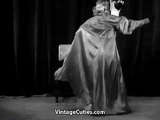 Sexy retro girls Sexy girl does a puppet dance 1950s vintage