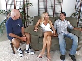 Kendra pussy shot - Husband watches kendra get her ass fucked
