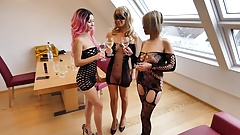 Three Girls Lesbo Party!