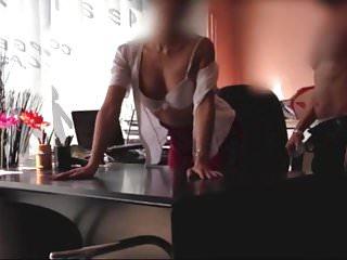 Ooh la la porn La secretaire se fait prendre