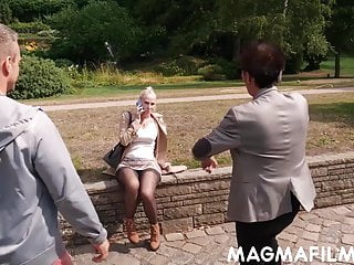 Double dicked ass - Cum loving blonde double dicked