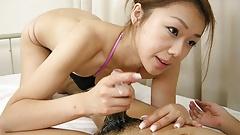 Japanese gal Hirota Sakura had a threesome, uncensored