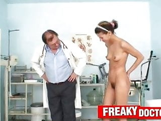 Vamp slut Beautiful skinny hairy pussy amanda vamp in gyno hospital