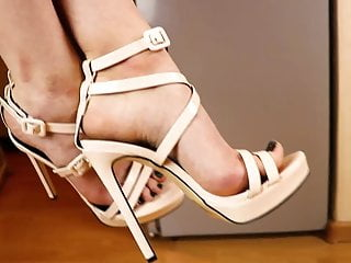 Legs feet and free pussy pics - Beautiful legs, feet and high-heel sandals 7