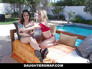 Double-sided dildos Daughterswap - curious girls try double-sided dildo
