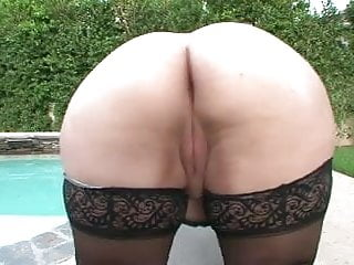 Vids of cum lovin young girls - Big girls need lovin too