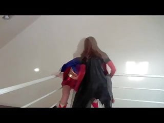 Sisters catfight tit to tit - Batwoman vs supergirl