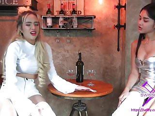Teens in leg cast Fetisch-concept.com - 2 girls with long cast legs restaurant