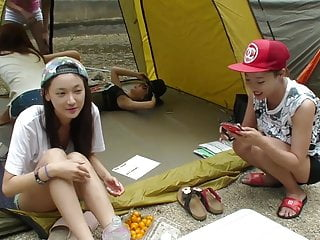 Panty footjob Korean woman shows m-shaped legs and shows white panties