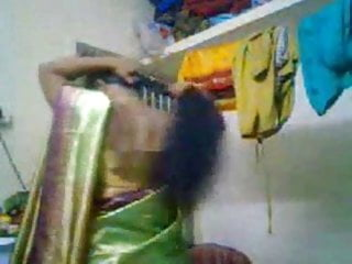 Indian aunty sluts amateur - South indian aunty -1