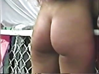 Free nude images leg butt Jiggly nude butt ass cheeks walking 01