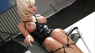 Dolores dirty latex