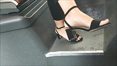 CANDID FEET #9 - HEELS ON THE BUS