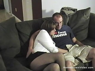 Making of porno videos Thick and busty wife makes her first homemade porno