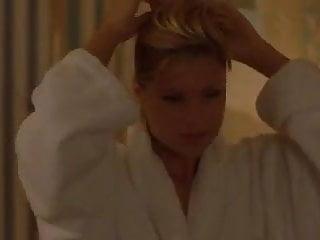 Naked celebritys stares Michelle hunziker - voglio stare sotto il letto