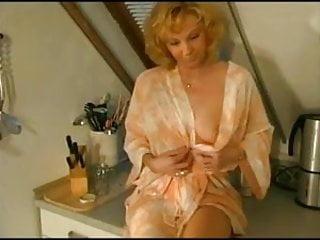 Pornstar isabel sky - Isabel golden - anal mit dem monteur