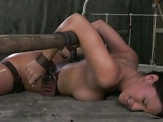 Spread legs sole cum - Strapped down spread legs and fucked