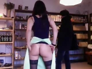 Mature exhibitionist clips - Exhibitionist girl