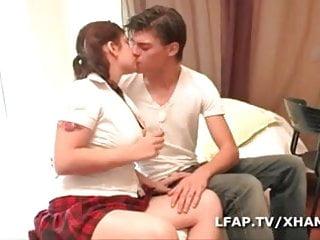 French teen couple Jeune couple amateur francais baise dans tous les sens