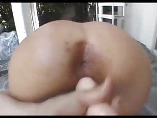 Pussy making farting noise A blonde is making her wet pussy fart