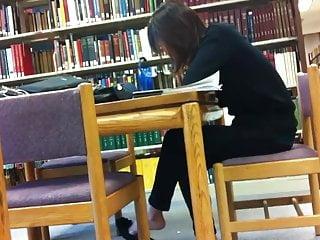 Asian feet toes flats keds - Candid asian library feet shoeplay flats dangling pt 1
