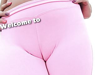 Exposed boob videos Huge natural boobs teen exposing deep cameltoe in yoga pants