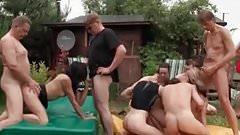 Velvet Swingers Club Real amateur couples outdoor orgy