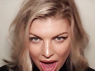 Pics of fergie bikini Fergie tongue loop 1