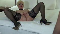 Blonde Cougar Gets hold Of Good Black . BBC Lover