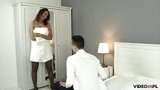 Seks z atrakcyjna mamuska poderwana na dyskotece
