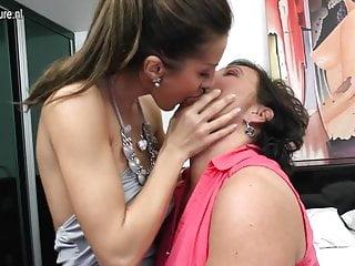 Hot sexy lesbian pussy Hot girl fucks sexy mom